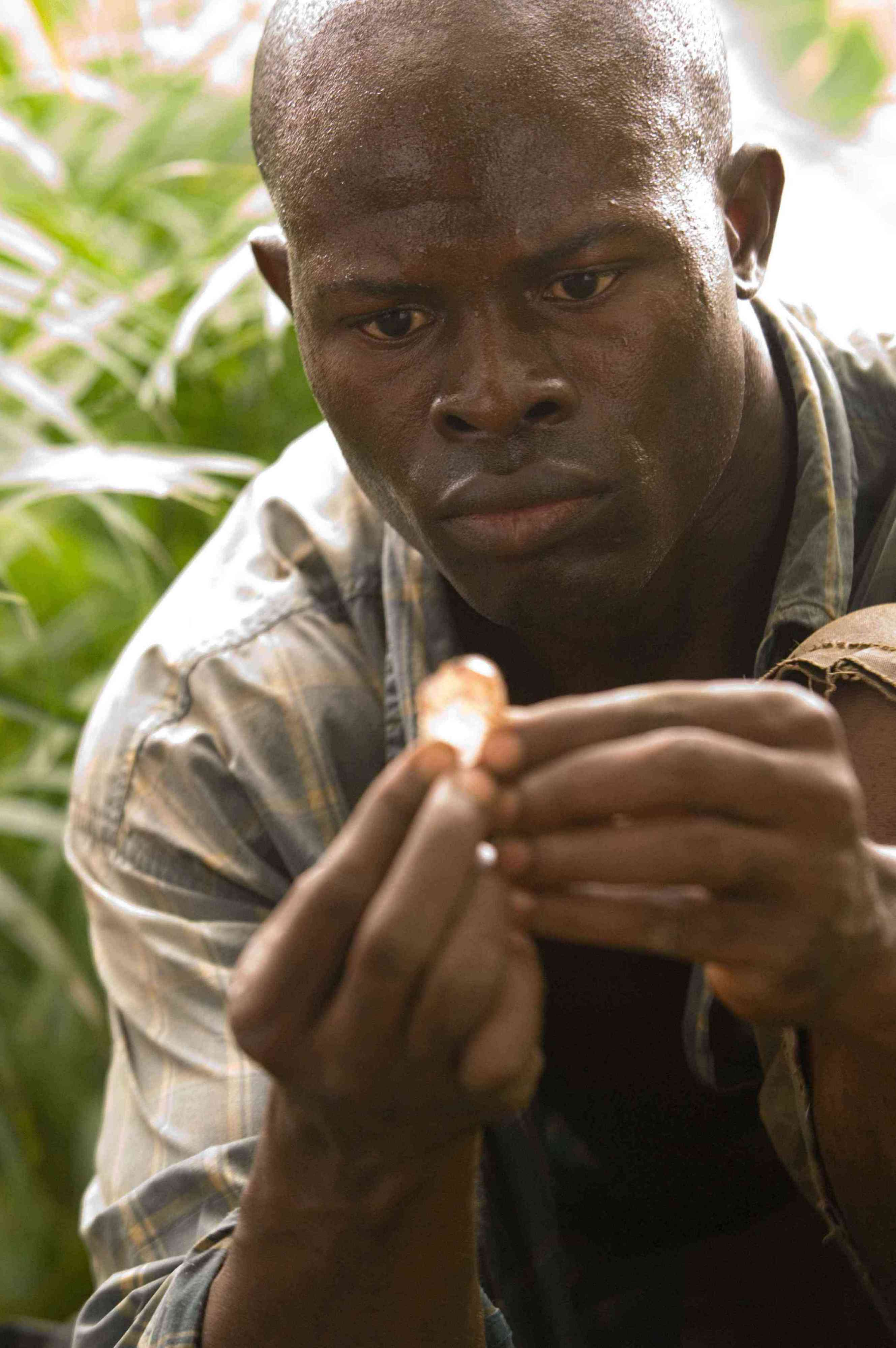 the movie blood diamond essay Essays present day issues (michelle)  blood diamond miners work in very dangerous conditions sometimes, the diamonds that these workers mine don't even go to their country they go to a rich person who can afford it and they do not get paid for anything they do today, there are still sweatshops around the world.